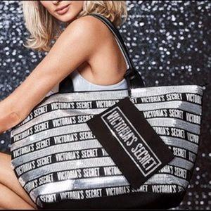 🌟Victoria Secret Black/Silver Sequin Tote Bag